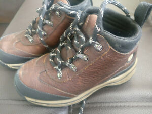 Timberland shoes, size 9 kids,  excellent condition, almost new