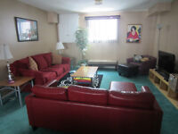 """Short Term Accommodations Weekly / Monthly """"NON SMOKERS ONLY"""""""
