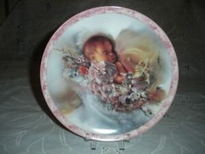BABY BOY OR BABY GIRL COLLECTOR PLATES
