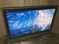 """32"""" HD Ready LCD TV with Freeview"""