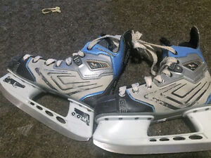 CCM Vector #88. Youth Skates- size 3.5D