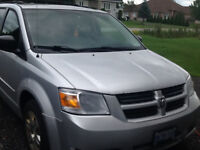 2009 Dodge Caravan SE Stow and Go Minivan, Van