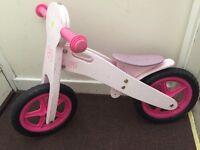 Wooden balance bike (pink)