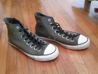NEUF Converses homme taille 11
