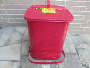 Red Gas Stn PROTECTOSEAL Chicago #1401 Metal OIl/Gas Rag/Waste