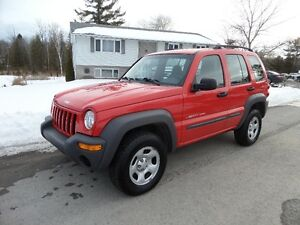 2002 JEEP LIBERTY SPORT -ONLY 69000 KM - $5500. CERT /ETESTED