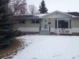 Sherwood park house for rent