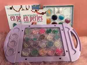 2 ensembles de perles et livre d'inspiration