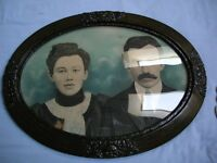 antique oval bubble glass picture frame