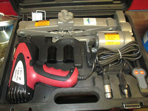 ELECTRIC JACK AND IMPACT KIT GREAT FOR CHANGING  TIRES! EASY ! Prince George British Columbia image 1
