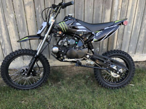 125CC DIRTBIKE!! MANUAL!! BRAND NEW UNITS!! MONSTER EDITION!