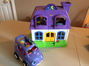 Fisher Price Little People House and Van