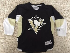 Youth Crosby jersey.