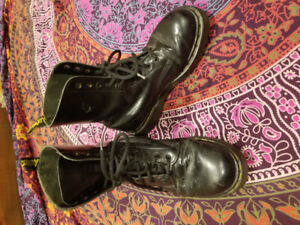 Doc martens classic leather
