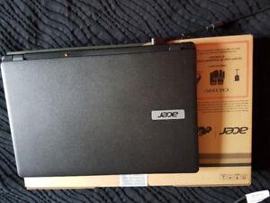 Acer aspire laptop - excellent condition