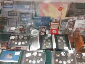 Coin collections, bills stamps & 600 booths to explore  Cambridge Kitchener Area image 1