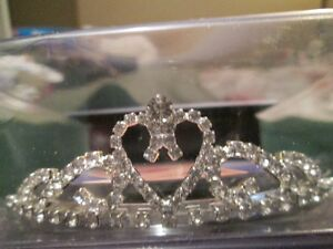 Tiaras Perfect for The Princess in You! London Ontario image 1
