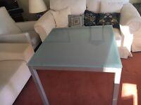 Bontempi Casa Diesis Italian glass dining table