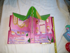 Disney Princess Pink Folding Out / Pop Up Doll House London Ontario image 2