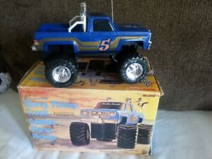 Radio Shack Classic Chevy 4X4 Pick-up Truck,RC,CIB