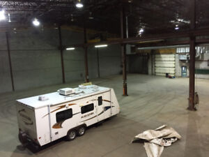 Large Warehouse with Large Garage Door and Office 20 000 sqft