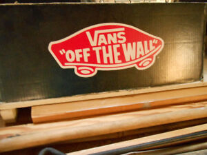 VANS OFF THE WALL - shoes size 9