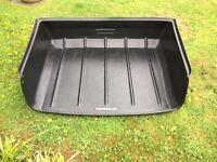 Porsche Cayenne boot protector/dog tray
