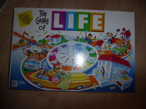 Various (board) games (kids and adult) $ 2 - $ 5 Kitchener / Waterloo Kitchener Area image 8