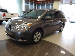 Toyota Sienna LE FWD 8 PASSAGERS 2017