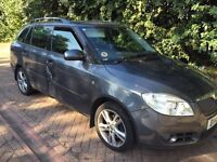 QUICK SALE!! MUST GO TODAY GIVE ME YOUR BEST OFFER!! SKODA FABIA ESTATE 2010 1.6 AUTO *TOP SPECS*