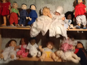 DOLL COLLECTION EXTENSIVE