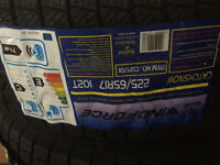 PNEU HIVER 245/65R17 WINDFORCE CATCHSNOW WINTER TIRE