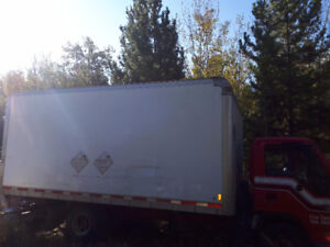 RED DEER EXPRESS CONDO AND APMT MOVERS $75/HR WITH 2 EXP MEN