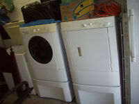 Match set Frigidaire front load washer&dryer!Excellent shape