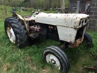 Tractor - 1965 David Brown 880 Diesel 3 cylinder