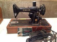In Working Condition! Antique Singer Sewing Machine