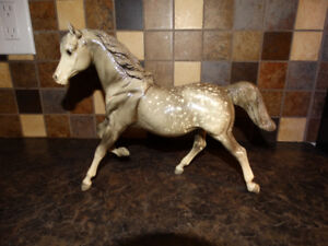 Breyer model horses - Sugar and Spice glossy grey