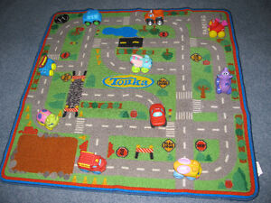 MOVING/ESTATE SALE --PLAY MAT AND 10 VEHICLES