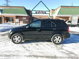 2008 KIA Sorento Luxury black on gray leather