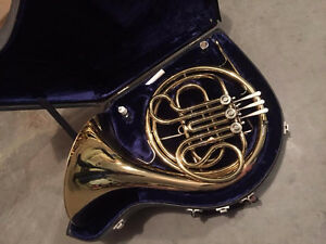 King Single French horn (2 available)
