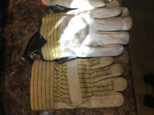 All different kinds of working gloves (insulated+non insulated)