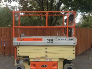 Scissor Lift For Sale (JLG 2630ES) -- GREAT CONDITION / LOW HRS