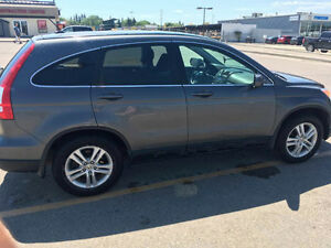 Fully loaded 2010 Honda CR-V EX