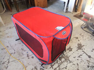 pet sport pop up tent in new cond