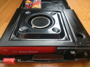 Gas Powered Camp Stove + 1.5 Gas