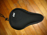 FOR SALE: Gel Seat Cover