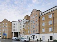 2 bedroom flat in Narrow Street, Isle of Dogs E14