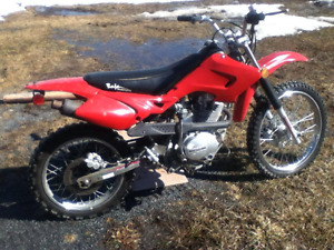 125cc Baja dirt bike