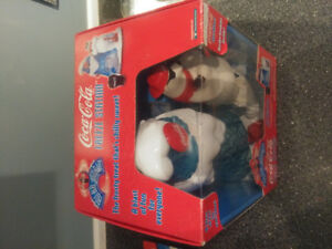 COCA-COLA BEAR SODA POP FREEZE STATION BRAND NEW IN BOX