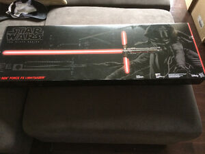 Sabre laser Star Wars Force FX lightsaber de Kylo Ren